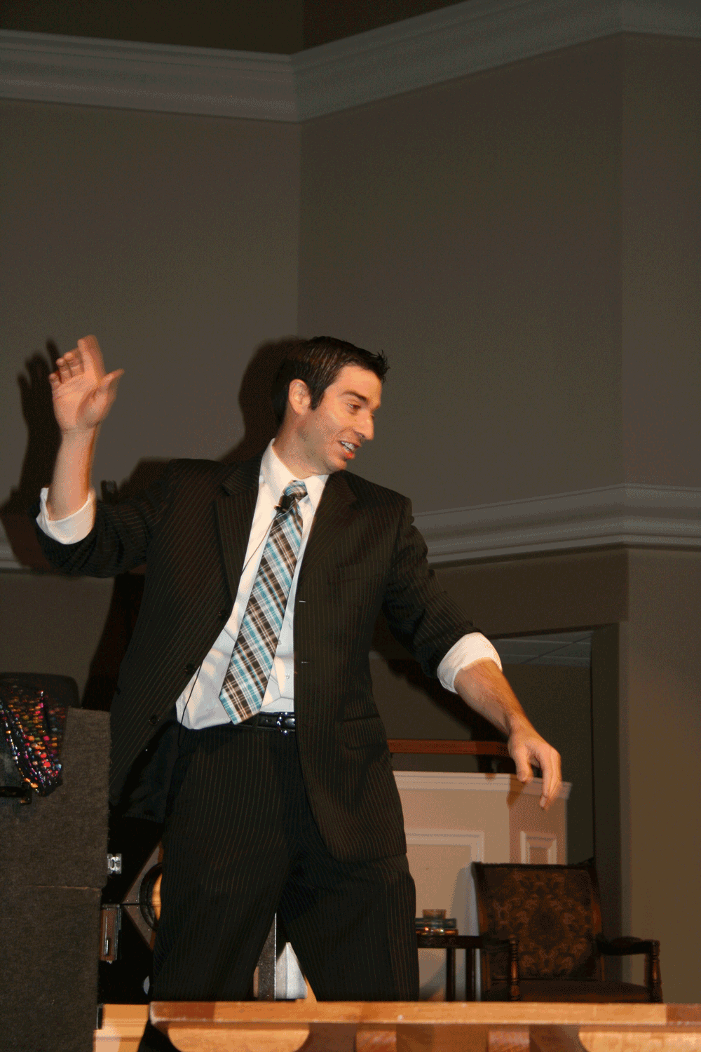 Evangelist David Corn Wows Students with Illusions